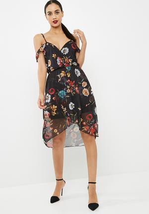 Missguided Floral Mesh Frill Sleeve Asymetric Midi Dress Occasion Black, Red & Yellow