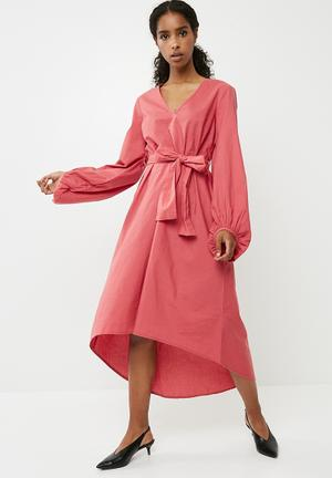Vero Moda Manor Mansion Midi Dress Occasion Pink