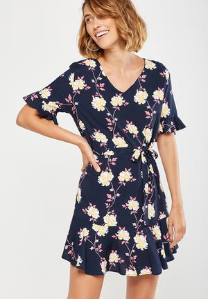 Cotton On Woven Matina 3/4 Sleeve Dress Casual Navy, Pink & Yellow