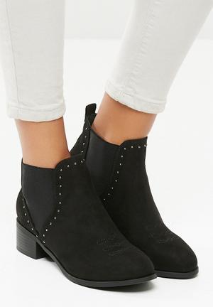 New Look Beat Studded Chelsea Boot - Black Black