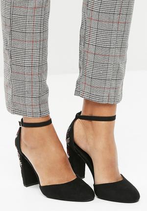 New Look Roman Embellished Heels Black