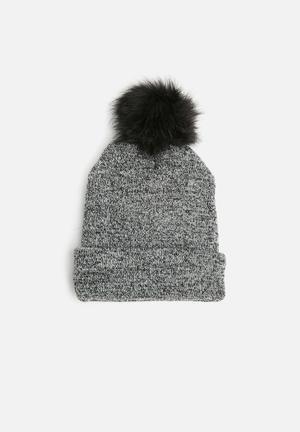 Dailyfriday Lilly Beanie - Black Headwear Grey