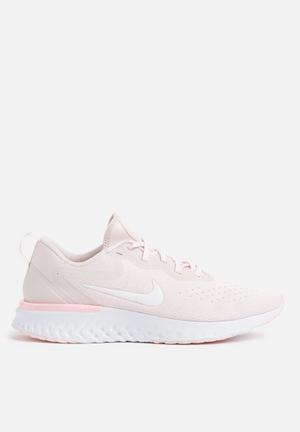 Nike Odyssey React Sneakers  Arctic Pink / Barely Rose