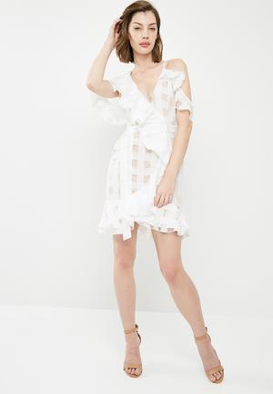 Asymmetric grid frill tie waist shift dress - white
