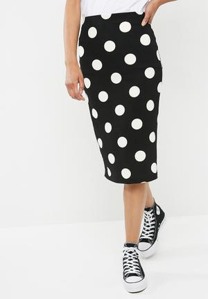 Printed pull on bodycon skirt - black & white