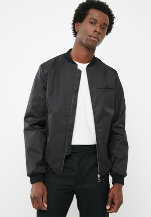 6f40fabc1 Men's Fashion | Shop Jackets, Shoes + Jeans Online | Superbalist