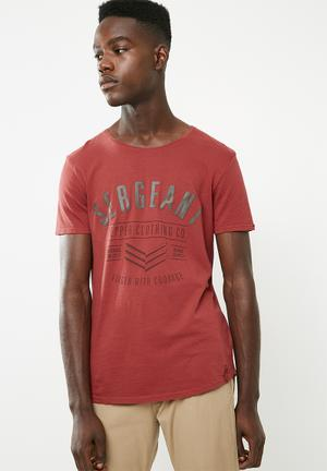 High density graphic printed tee - red