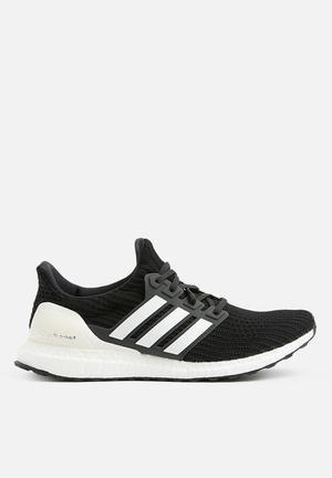 "UltraBOOST 4.0 - ""Show Your Stripes"" Pack -  Core Black/Cloud White"