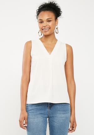Upstyled woven vest - Cream 819276c97