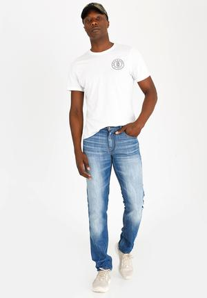 2a35b4efdc Blue Jeans, Pants & Shorts for Men | Buy Blue Jeans, Pants & Shorts ...