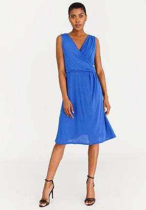 c195b9c6ba9 Polyester blend Dresses for Women