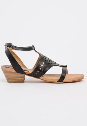 High heels stilettos black white nude heels missguided-34962