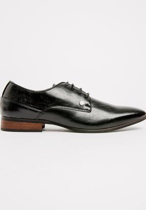 Magio 45 Lace Up Shoes Black e8887e15a70