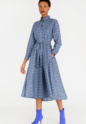 640bb86716ac Noluvo Shirt Dress Blue