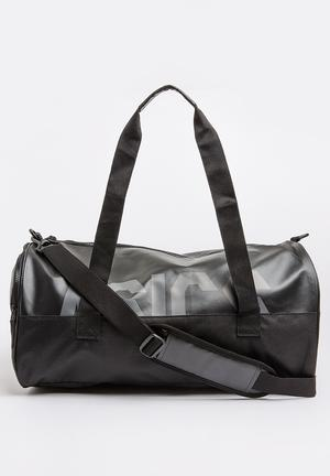 Core Holdall Duffle Bag Black