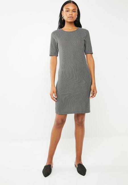 Formal Dresses Online  39c7e1775