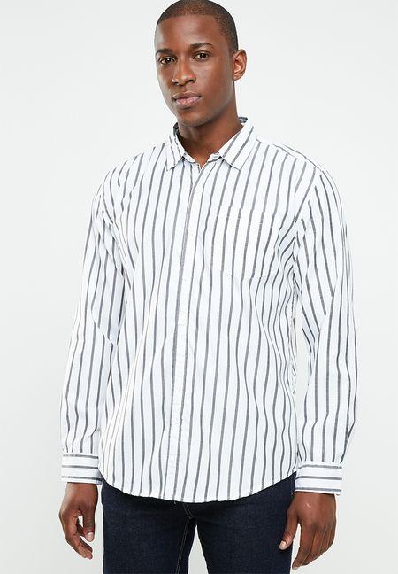 a1725251 Men's Fashion Online | Shop Jeans, Shoes & T-Shirts | Superbalist