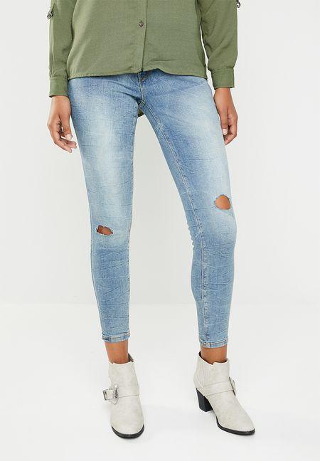5e9ef1b1d544 Jeans Online