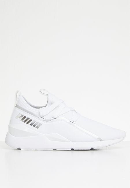 Sneakers Online  839ae199d