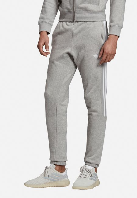 Men's Sweatpants & Shorts | Cotton On, Reebok + Nike | South