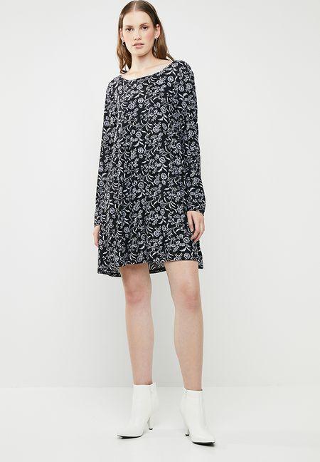 Dresses Online  c4ee074fc
