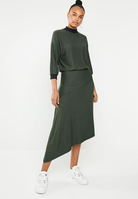 13660432cc88 Casual Dresses Online