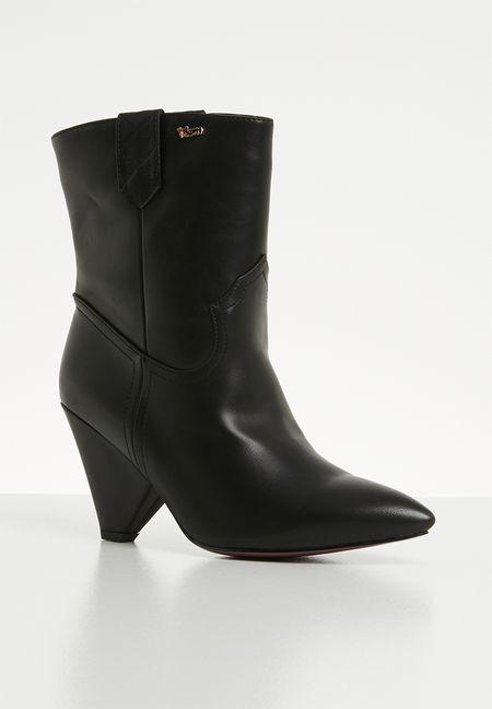f26ecb91506 Shoes Online
