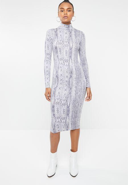 583c4cbb46f Dresses Online