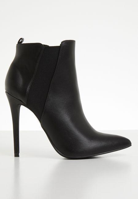 523dc8e9e674 Shoes Online