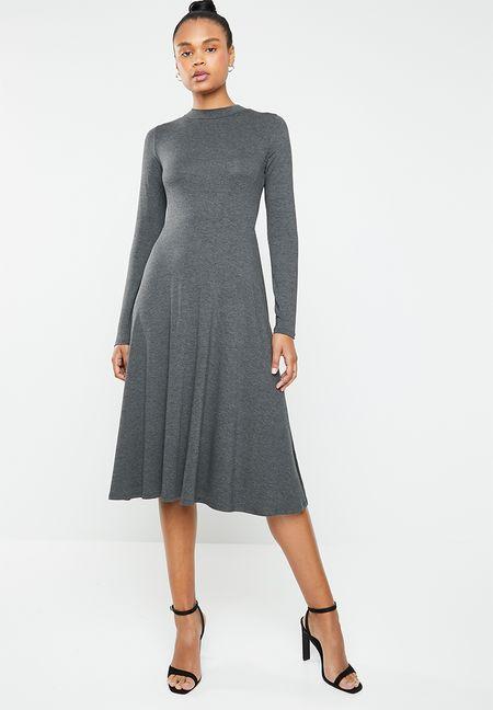 038fb352e95d Dresses Online