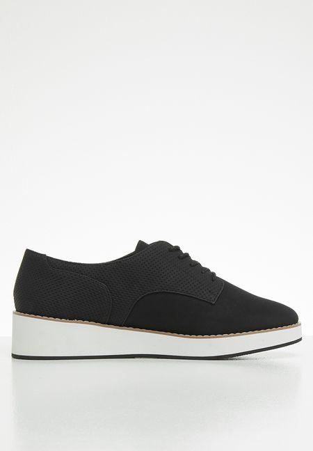 8e75addd22 Shoes Online
