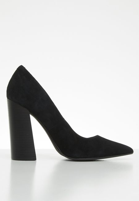 a080f3eacb42 Heels Online