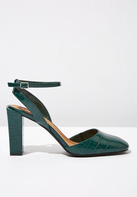 0693b29ea51 Shoes Online