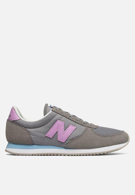9f0216f8eaa5 Sneakers Online