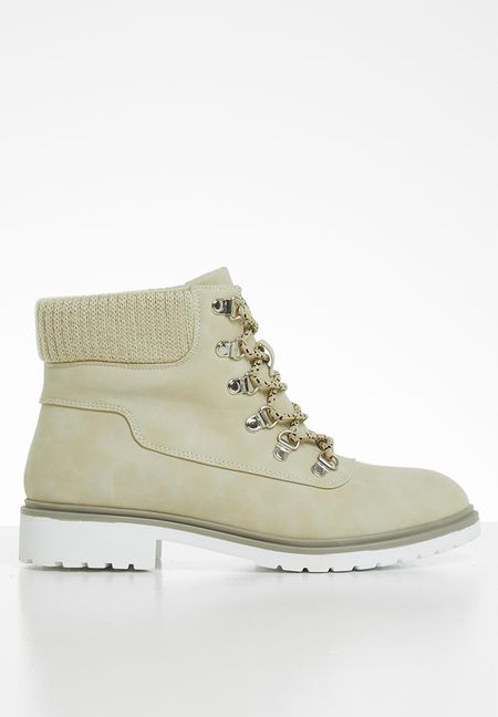 92a0ad73179a8 Ladies Boots | Shop Boots For Women Online | SUPERBALIST