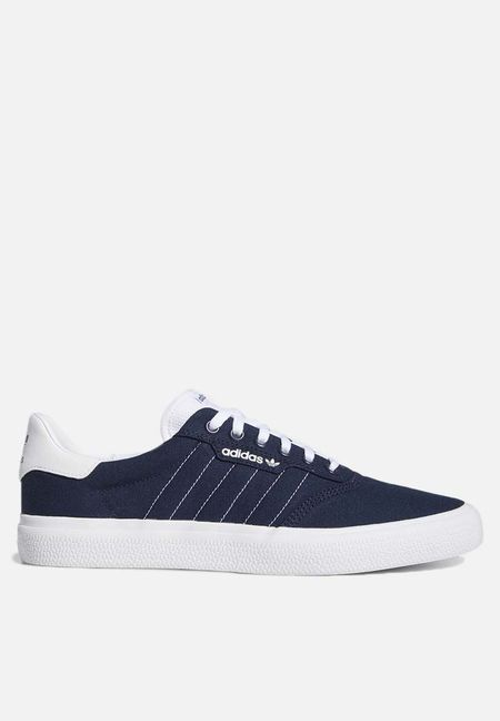 1dd4ac852e3eb Men's Sneakers | SHOP UP TO 50% OFF SALE | Superbalist