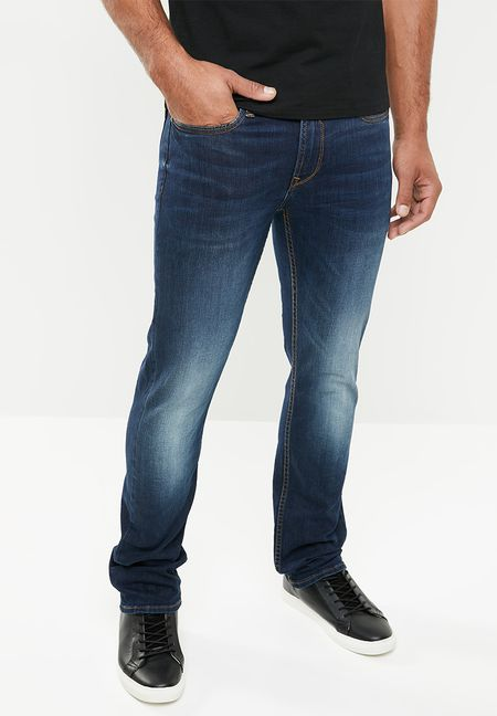 2f9218cc65c Men's Jeans, Pants & Shorts | UP TO 60% OFF SALE | Superbalist