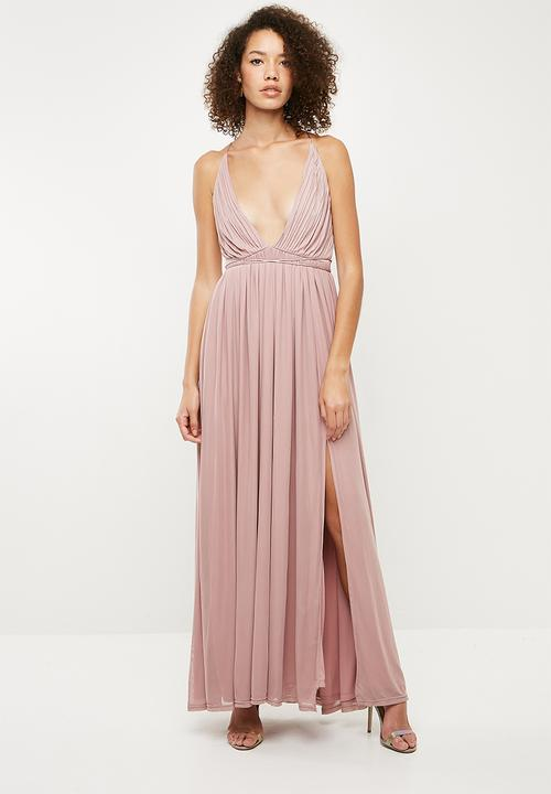 6184ccb5a5 Bridesmaid pleated silky mesh maxi - pink Missguided Occasion ...
