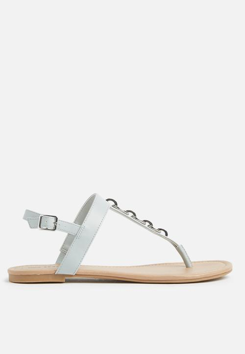 be932ee0c1fc Asauclya flat sandal - blue Call It Spring Sandals   Flip Flops ...
