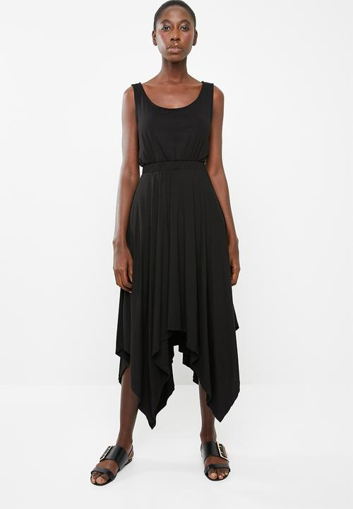 8098aeb84ed Sleeveless dress with dipped hem - black edit Casual