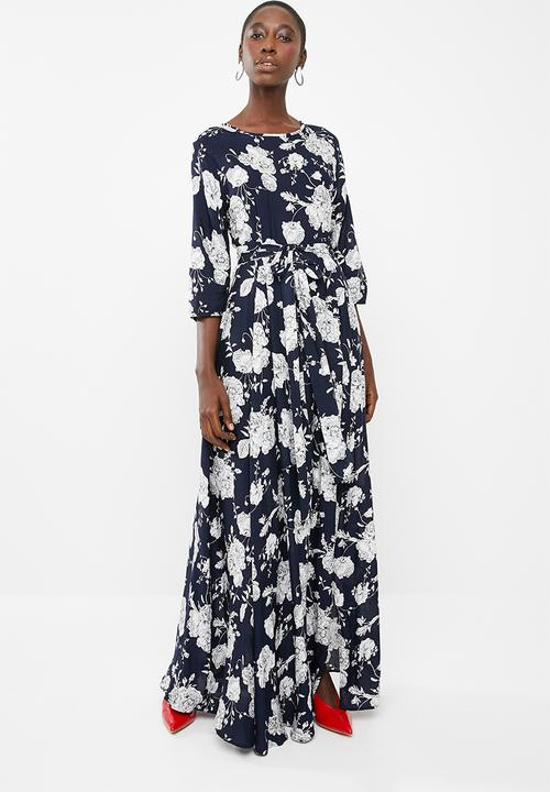 7a746d992fee Elisa Belted Floral Maxi Dress - Navy   White 1 AMANDA LAIRD CHERRY ...