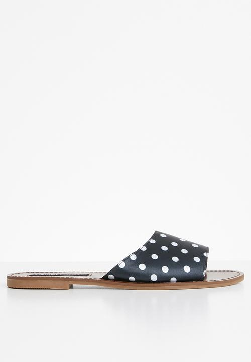 c1ef467a6 Polka dot sandals - black   white Cherry Collection Sandals   Flip ...