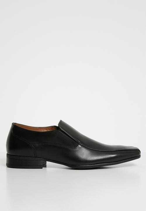 9fef7bd0448 Bascule formal loafer - black Call It Spring Slip-ons and Loafers ...