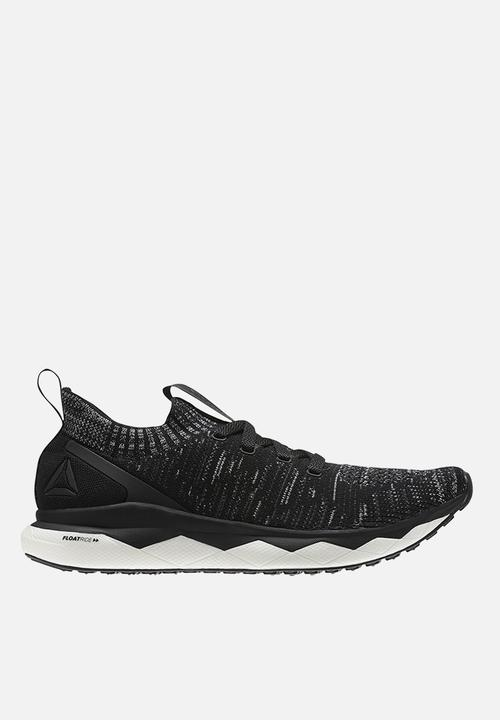 5e49135e2cc Floatride ultra knit - black   grey Reebok Trainers