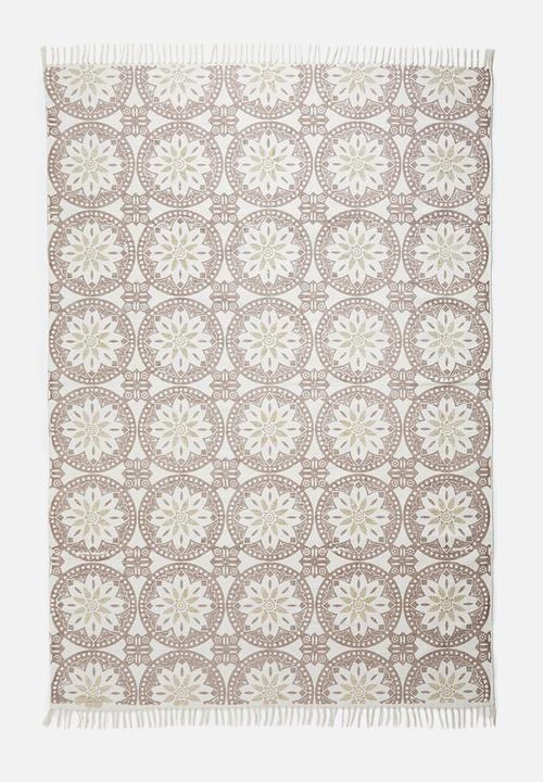 160x230 Rug Carpet Vidalondon