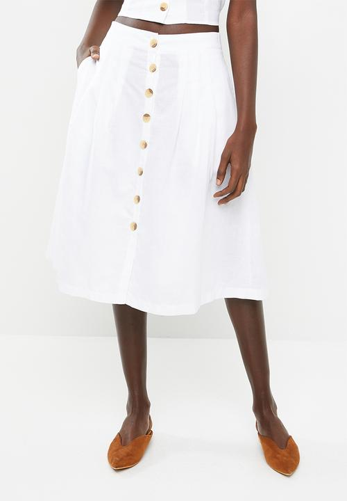 2060fdda78af Front button midi skirt - white STYLE REPUBLIC Skirts