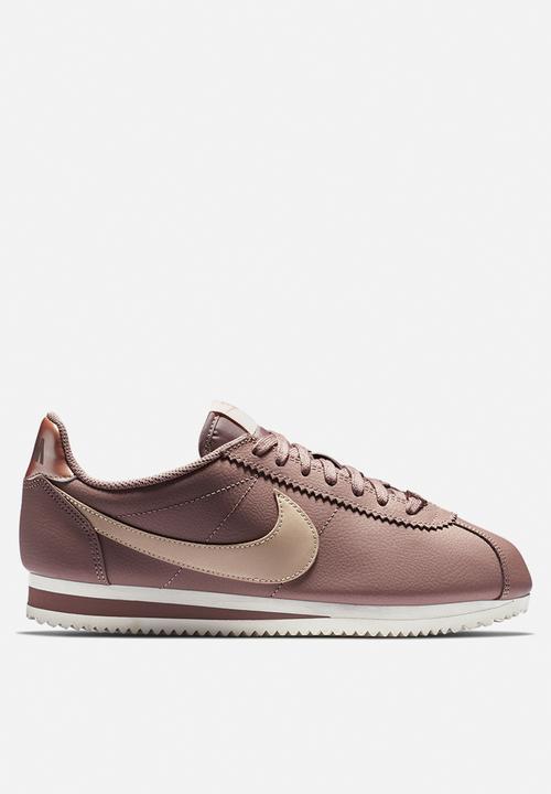 the best attitude 3acab 0c1b2 Nike - Classic cortez leather - smokey mauve   particle beige