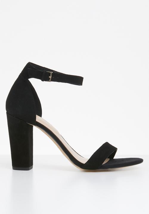 de7b375e918 Jerayclya ankle strap block heel - black suede ALDO Heels ...