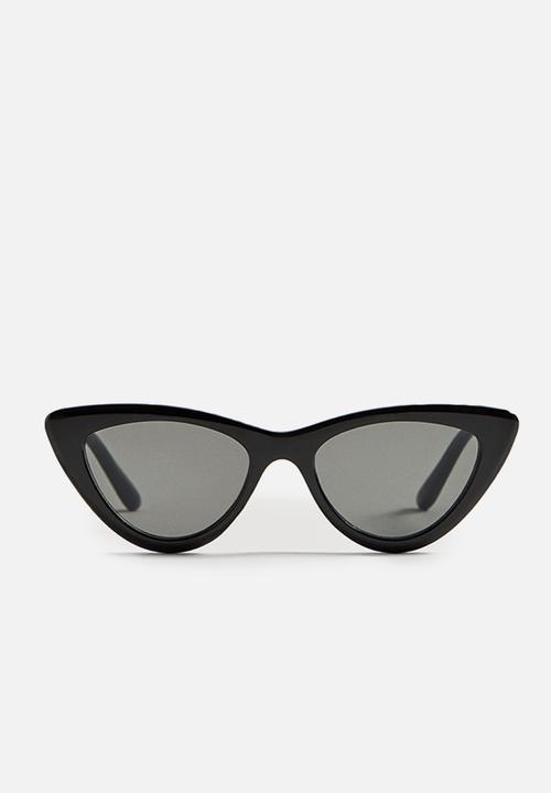 4f302fd7f19c Cat-eye tinted sunglasses - black MANGO Eyewear   Superbalist.com