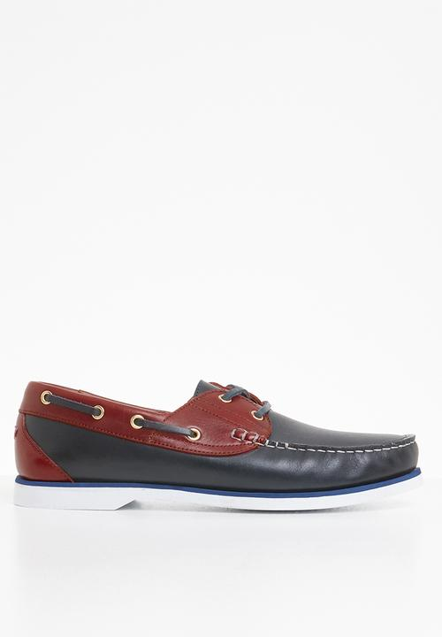 697fdb9b79 STYLE REPUBLIC - Classic 2 tone leather boat shoe - navy   burgundy. ON  OFFER